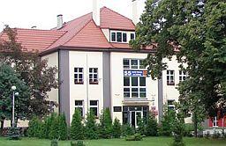 Szkoła naLeśnej szuka polonisty